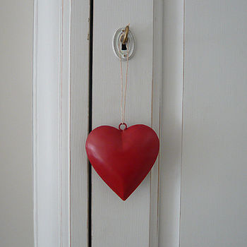 Red Metal Hanging Heart